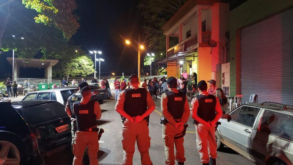 PM apreende adolescentes por envolvimento em homicídio em Itatiaiuçu