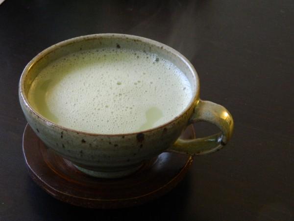 lait-amande-the-vert-