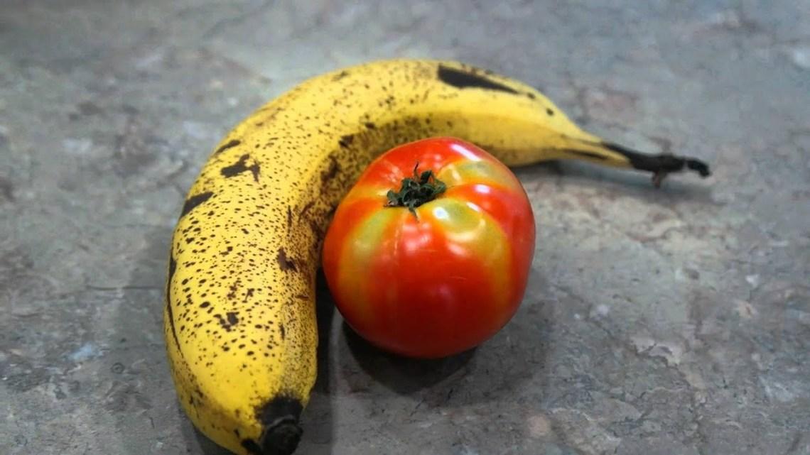 Comment utiliser la tomate à la banane pour raffermir la peau