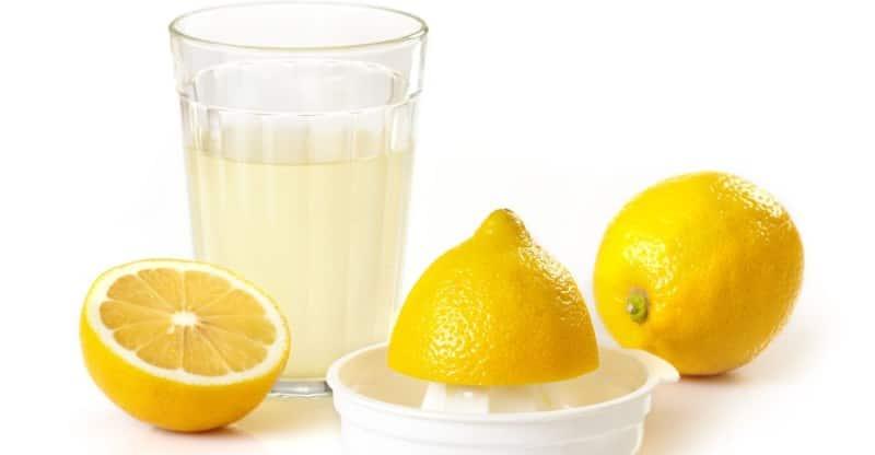 Jus de citron pour réduire les fibromes