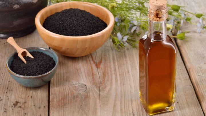Combattez le cancer avec de l'huile de graines noires