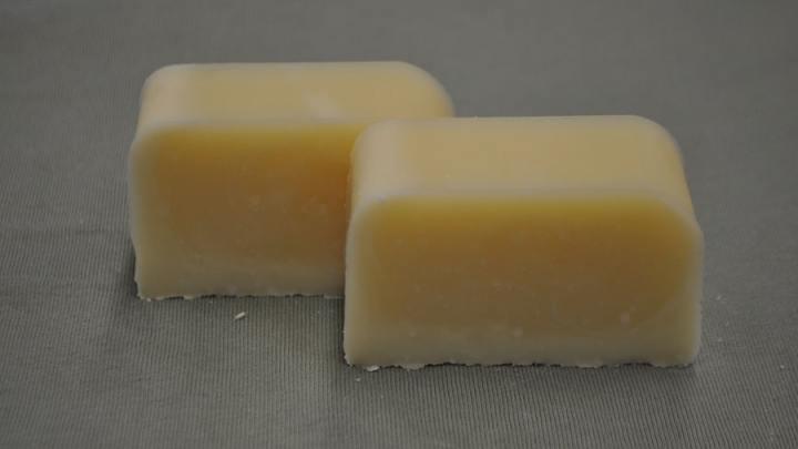 Recette de savon aux quatre huiles rapide et simple