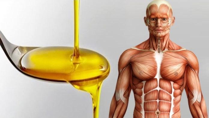 cuillere d'huile d'olive.