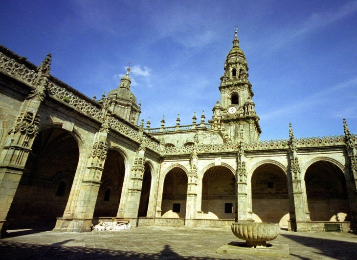 Museo de la Catedral, claustro y cripta   Recorrido de la Catedral ...
