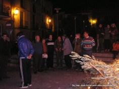 Tradicional Lumbre de San Antón en la Plaza Mayor