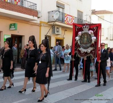 Mayordomía con el Cuadro de la Virgen hacia la Ermita