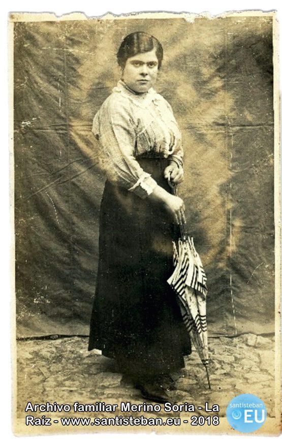 Mi bisabuela, María Dolores Soria Ruiz, hermana de leche de D. Mariano Sanjuán Sanjuán.