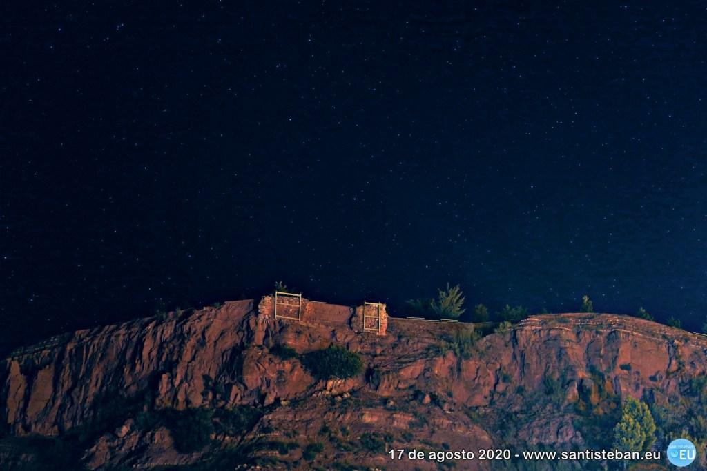 Ruinas melladas del castillo estrellado
