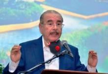Photo of Danilo Medina culpa a las bases del partido por salida del poder «nadie quería hacer nada sino había dinero por el medio»