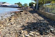 Photo of Fuertes olas aíslan sector Costa Verde en MontecristiHoteleros reclaman construcción de nueva vía de acceso