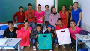 Escola realiza projeto de incentivo à leitura