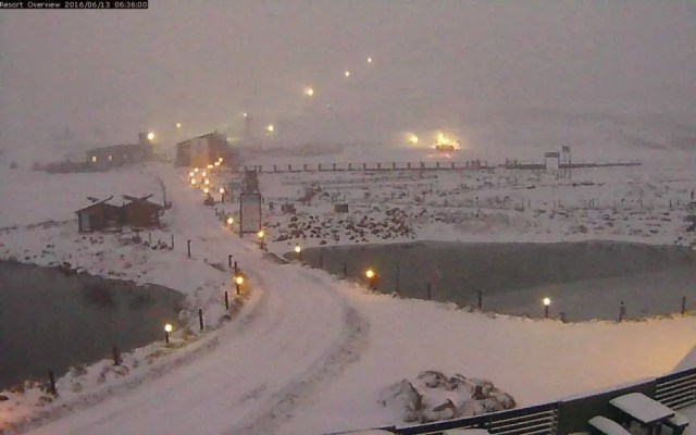 """Source: SnowReportSA - """"At Afriski Mountain Resort this morning! And more snow is expected right up until tonight :) (Lesotho)"""""""