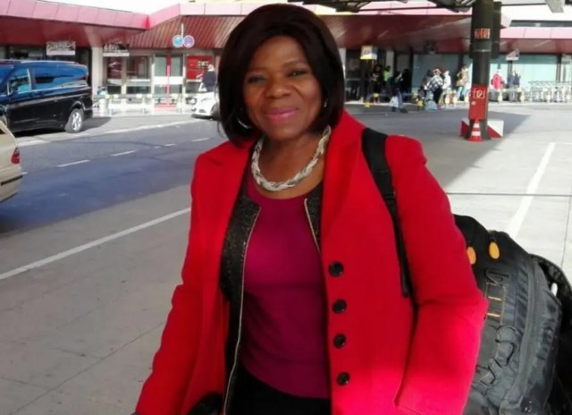 """Madonsela """"backpacking"""" around Europe! Photo by Steffi Hirsbrunner on Twitter - """"Having the honor to spend most of my week with German Africa Award winner 2016 @ThuliMadonsela3 #DAP2016"""""""