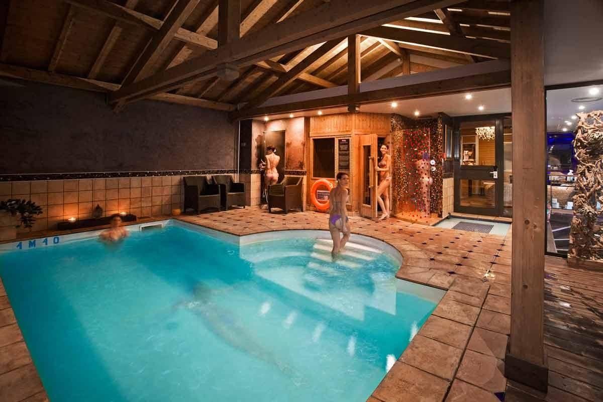 Hotel Les Tresoms Et Spa Forfaits Saint Valentin