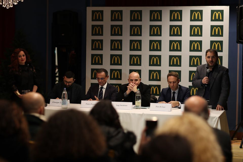 McDonald politica di incontri nazionali