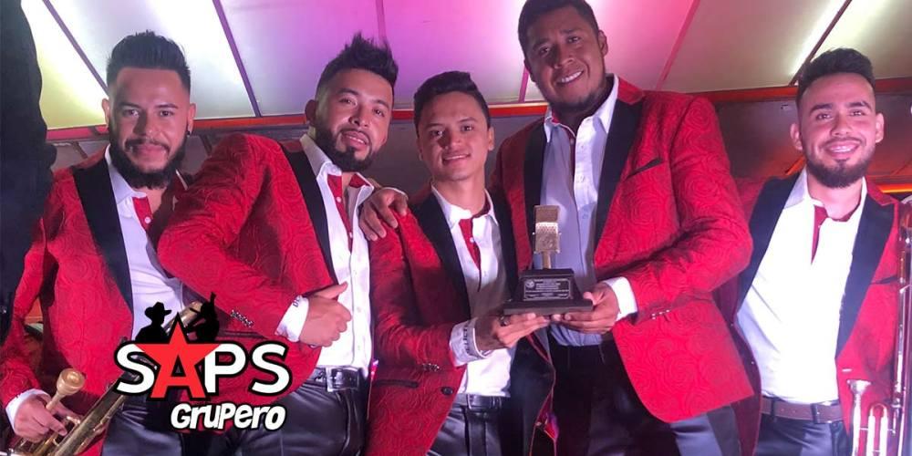 """Banda La Delictiva es premiada con el """"Micrófono De Oro"""""""