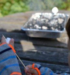 Skumfidus på grillspyd
