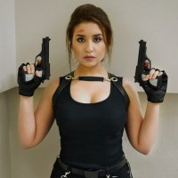 Lara Croft Tomb Raider Costume / Cosplay