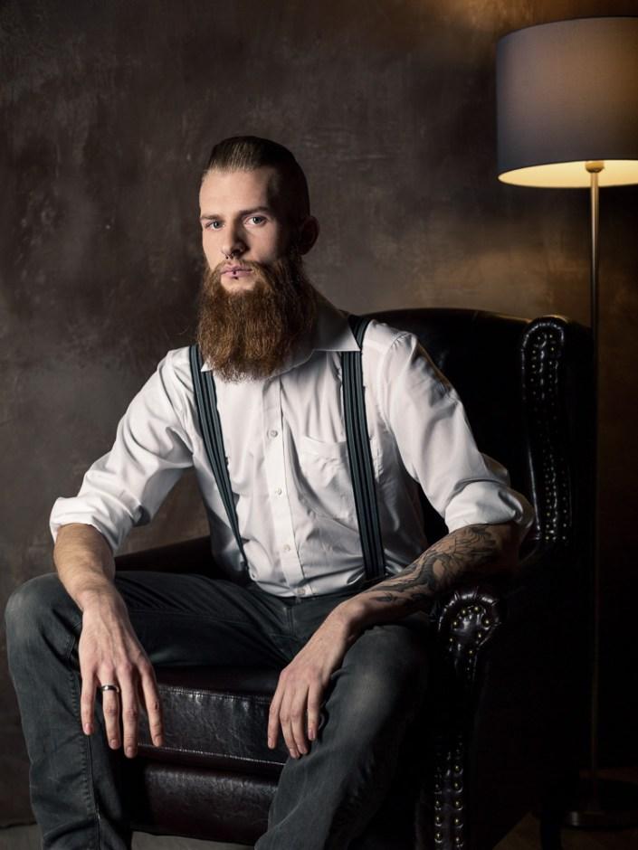 Portrait Mann mit Bart Studio