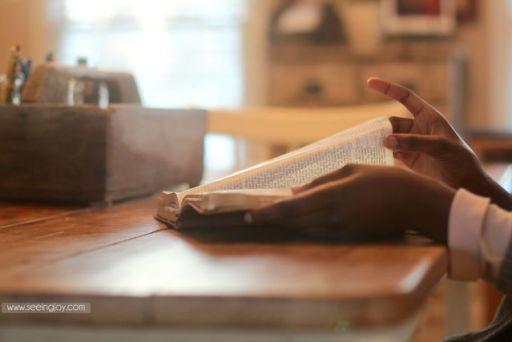 BibleHandsMJ