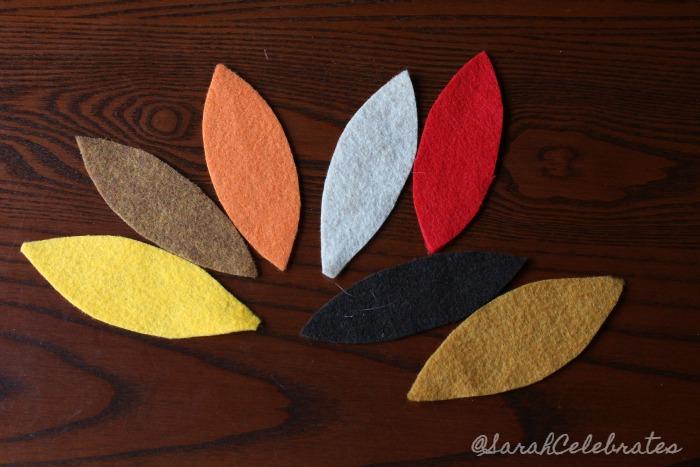 Thanksgiving Turkeys-Multicolor feathers #30minutecrafts | Sarah Celebrates