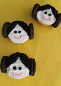 princess-leia-cupcakes