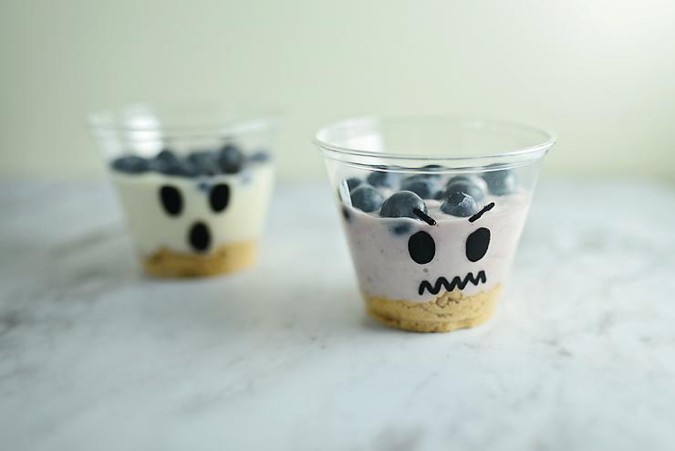 Spooky Yogurt Parfaits
