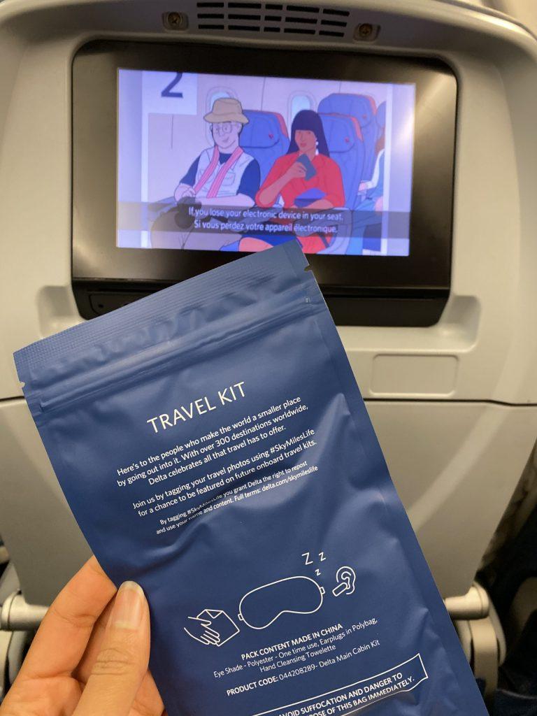 Delta Economy travel kit