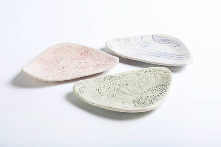 handmade dessert plates in three colours