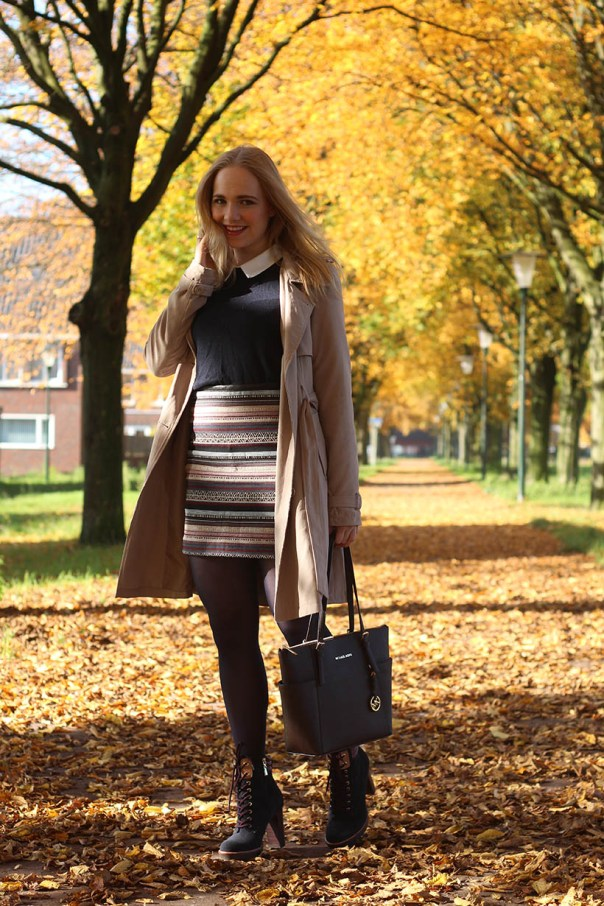 Pretty and preppy outfit ootd fashion blogger sarandaadriana tommy hilfiger boots omoda3