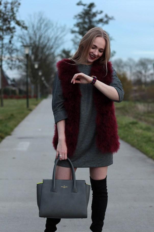 Red velvet outfit ootd fashionblogger sarandaadriana2