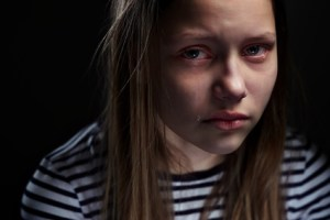 Adolescent girl suffering from bipolar disorder in Cary, NC.