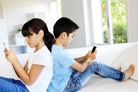 """""""Cellulare-addiction"""": dall'utilizzo alla dipendenza"""