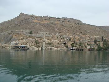 Halfeti Köy