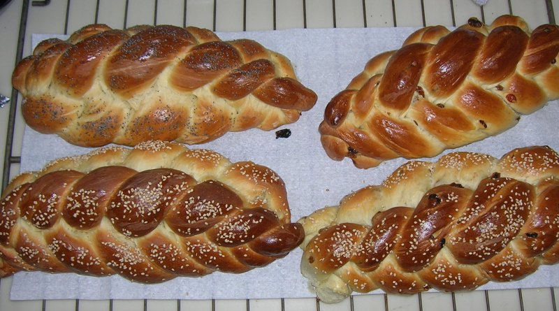 BAKE CHALLAH TOGETHER (online Friday morning) – Updated Link