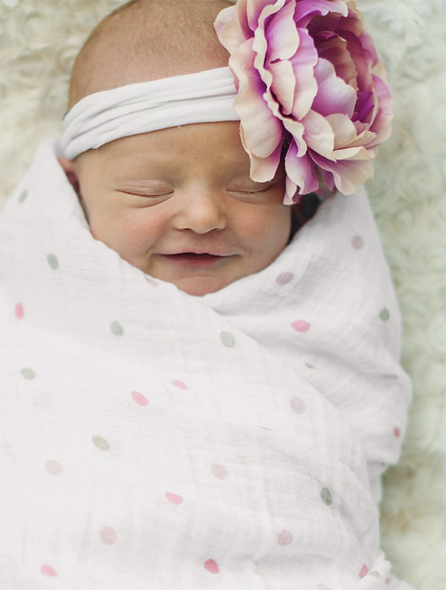 Zailey Newborn Photos - smiling