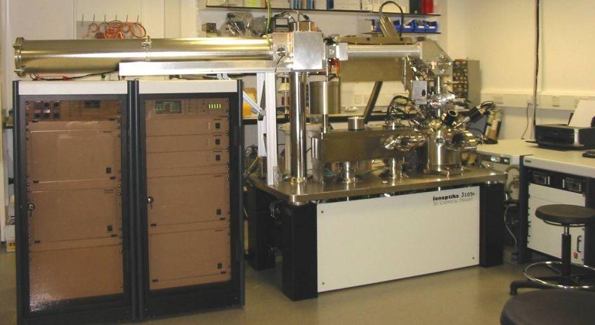Ionoptika J105 – 3D Chemical Imager