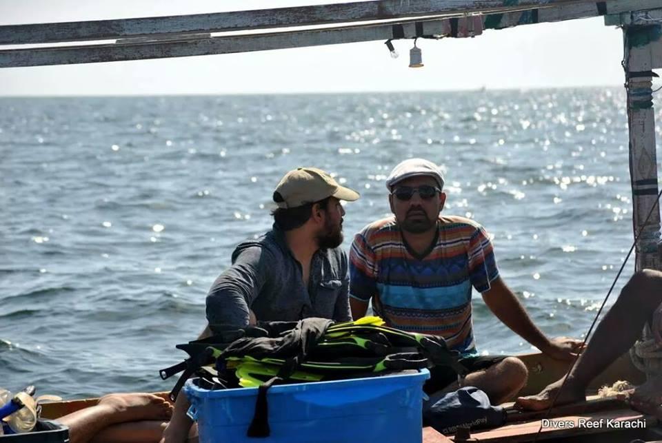 Towards Charna Island