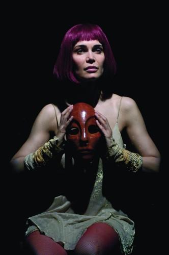 Valentina Capone, un corpo sotto il Sole (di Cosimo Filigheddu)