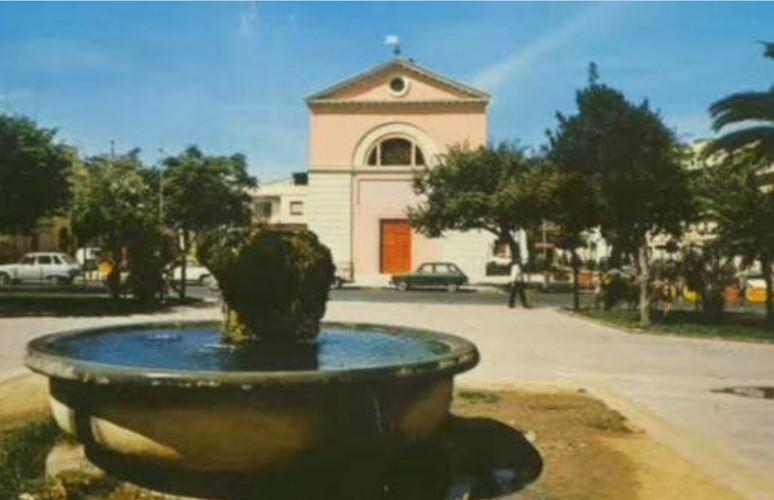 Piazza del Comune  (di Alba Rosa Galleri)