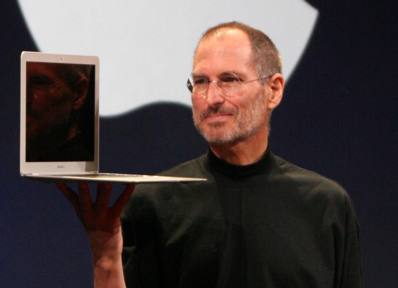 24 Febbraio 1955: nasceva Steve Jobs,  la bellezza della genialità. (di Giampaolo Cassitta)