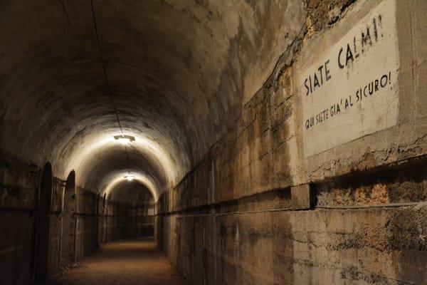 Bunker (di Luca Ronchi)