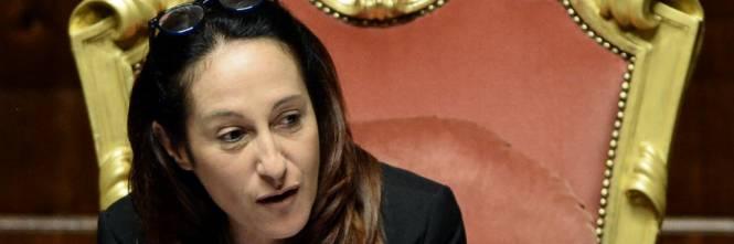 Paola Taverna: dal vacci-no al vacci-si. (Di Giampaolo Cassitta)