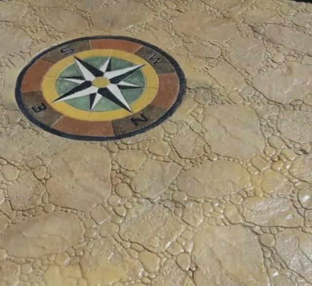 Pavimento in pietra di fiume realizzato a masullas