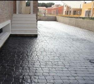 Cemento stampato effetto ciottoli Romani