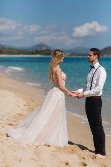 Am Strand heiraten auf Sardinien