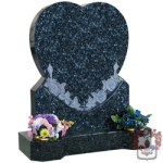 heart and roses granite grey with two vases