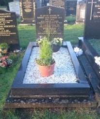 bob paisley grave feb 2016