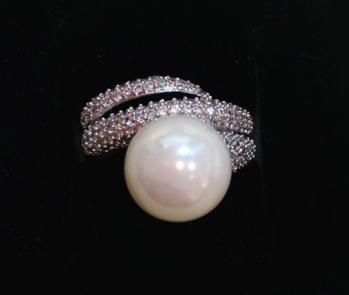 Amishi Luxury Silver plated ring with Crystal and Pearl setting - Sartorial Boutique and Gifts