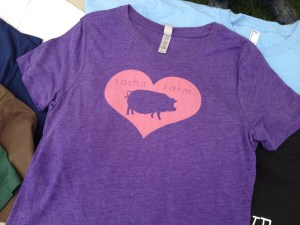 heart-sasha-farm-tee-shirt-pig-purple